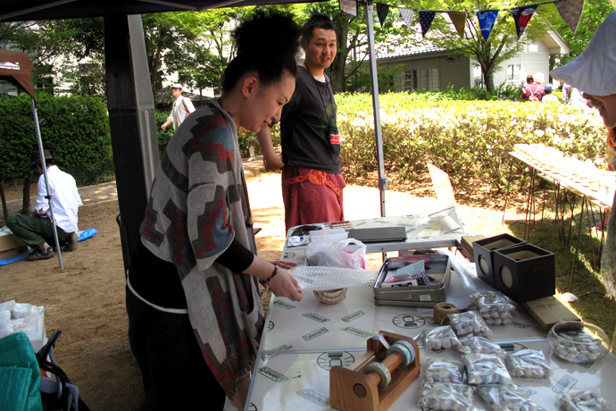 Ceramic artist Sakai Mika in Matsumoto. Her stall was found close to end of the park.