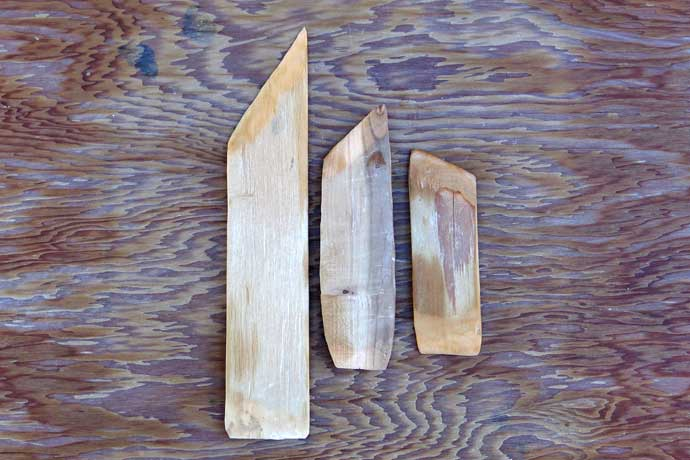 Wooden trimming knives