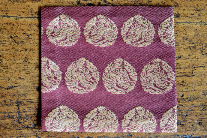 """Kofukuji Kinran"" (興福寺金襴) a type of gold brocade meibutsugire kobukusa reproduced by Kitamura Tokusai. It depicts golden phoenix on purple twill. The original of this pattern from the 14th century is said to have been used as a hanging in front of the alter at Kofukuji temple in Nara. ""Kofukuji Kinran"" (興福寺金襴) a type of gold brocade meibutsugire kobukusa reproduced by Kitamura Tokusai. It depicts golden phoenixes on burgundy twill that resembles stone pavements. The original of this pattern from the 14th century is said to have been used as a hanging in front of the alter at Kofukuji temple in Nara."